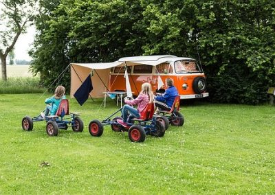 Camping familial : les types d'hébergement pour les vacances en famille